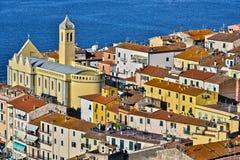 Stad av Porto Santo Stefano, Tuscany, Italien Royaltyfria Foton
