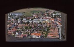 Stad av RaÅŸnov från citadell Royaltyfri Fotografi