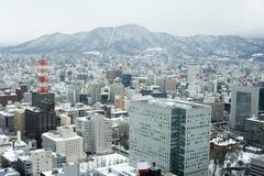 Stad av Sapporo som beskådad från JRtornet Arkivfoton