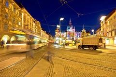 Stad av sikten för marknad Graz Hauptplatz för huvudsaklig fyrkant arkivbild