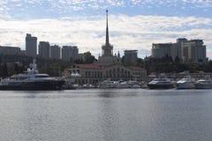 Stad av Sochi Marine Station Royaltyfri Foto