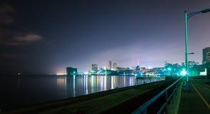 Stad bij nacht Stock Foto's