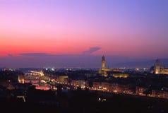 Stad bij zonsondergang, Florence, Italië. royalty-vrije stock afbeelding