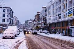 Stad in de de Wintersneeuw Royalty-vrije Stock Fotografie