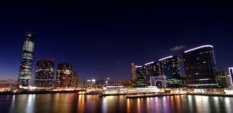 Stad in de nacht Stock Fotografie