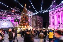 Stad de Van de binnenstad van Boekarest van kerstboomdecoratie Royalty-vrije Stock Afbeeldingen