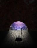 Stad die van tunnel wordt gezien Stock Foto's