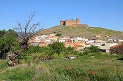 Stad en Kasteel, Lacalahorra, Spanje. Stock Afbeeldingen