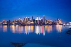 Stad en Yangtze-Rivierfoto stock fotografie