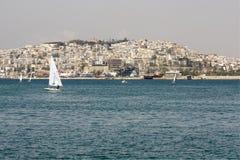 stad greece piraeus Royaltyfri Foto