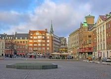Stad Hall Square med skandinaviska historiska arkitektoniska gränsmärken och färgrika typiska byggnader, Köpenhamn, Danmark royaltyfri bild