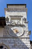 Stad Hall Tower in Venzone stock fotografie