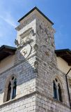 Stad Hall Tower in Venzone royalty-vrije stock afbeelding