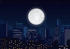 Stad i natten Cityscapenattkontur med den stora månevektorillustrationen Royaltyfri Foto