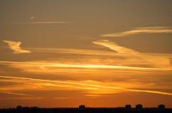 Stad i solnedgång Fotografering för Bildbyråer