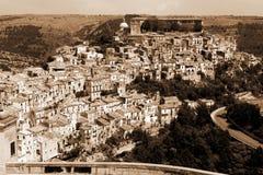 stad italy gammala ragusa sicily fotografering för bildbyråer