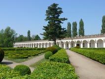 Stad Kromeriz (¾ för KromÄ› Å™ÃÅ) - Galerie i blommaträdgården, UNESCO, Tjeckien, Moravia royaltyfri bild