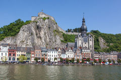 Stad od Dinant op de Rivier Meuse Royalty-vrije Stock Foto