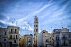 Stad op zee en zijn antennes, Bari, Italië royalty-vrije stock afbeeldingen