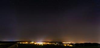 Stad på natten Royaltyfria Foton
