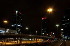Stad på natten Royaltyfria Bilder