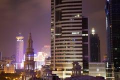Stad Shanghai på natten Royaltyfri Bild