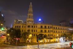 Stad Shanghai på natten Arkivbild