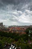 Stad in stortbui Stock Afbeeldingen