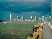 Stad under storm Arkivbilder