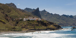 Stad van Almaciga op de Noordoostelijke kust van Tenerife Stock Fotografie