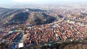 Stad van Brasov van Tâmpa-berg, Roemenië stock videobeelden