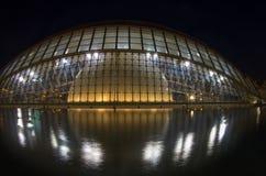Stad van de kunsten en de wetenschappen in de nacht Stock Foto's