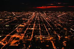Stad van de V.S. gebouwen de van de binnenstad van Chicago bij nacht Stock Fotografie
