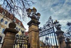 Stad van Dresden saksen duitsland Centrum van de oude stad Uitstekende lantaarns royalty-vrije stock afbeeldingen