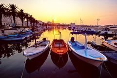 Stad van Gespleten Riva bij zonsopgang stock fotografie