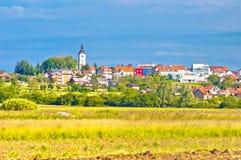 Stad van het landschap en de architectuur van Vrbovec stock afbeelding