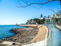 Stad van het traliewerk van een haven wordt gezien die stock fotografie