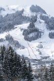 Stad van Kitzbuhel in de winter Stock Afbeelding