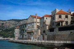 Stad van Komiza, Kroatië royalty-vrije stock foto