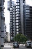 Stad van Londen zwarte cabinetaxi Stock Foto's