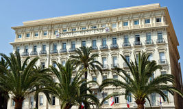 Stad van Nice - Architectuur langs Promenade des Anglais Stock Afbeelding