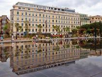 Stad van Nice - Groot Hotel Aston Stock Foto