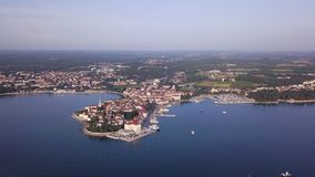 Stad van Porec Kroati? van de hemel stock videobeelden