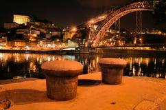 Stad van Porto bij nacht stock afbeeldingen