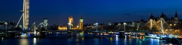 Stad van Westminster bij Schemering, Londen. Stock Foto