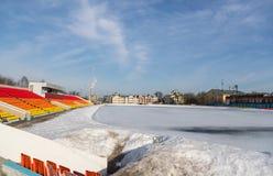 Stade couvert de neige en hiver Photos libres de droits
