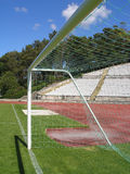 Stade de football vide Photographie stock libre de droits