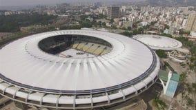 Stade de Maracana Le football br?silien Musical dans le stade de Maracana banque de vidéos