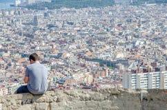 Staden av Barcelona från Carmelen arkivbild