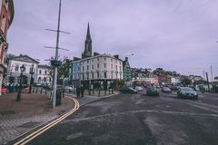 Staden av Cobh, som sitter på en ö i korkcity'shamn It's som är bekant som den Titanic's sistanlöpningshamnen i 1912 Arkivfoton
